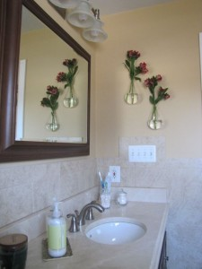 Bathroom Glass Hanging Vases | TheBorrowedAbode.com