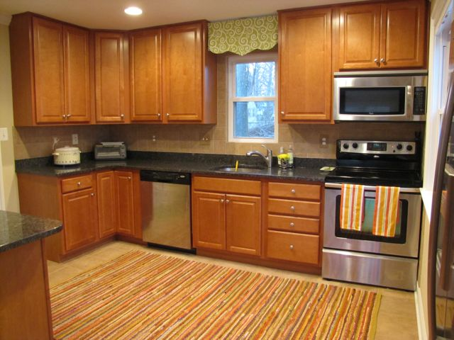 New Kitchen Rag Rug1 - The Borrowed Abodethe Borrowed Abode
