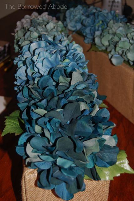 Ombre Tablescape Blue Hydrangeas | The Borrowed Abode