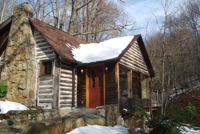 Log Cabin Ohiopyle | The Borrowed Abode