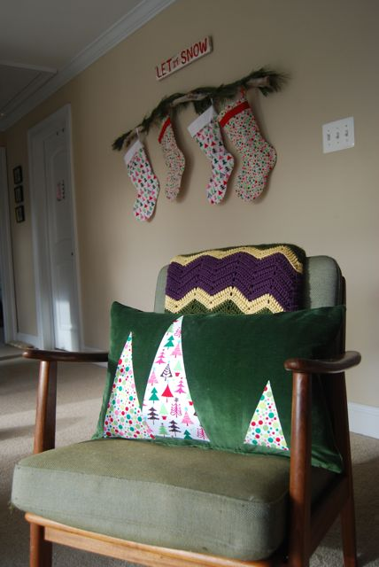 Christmas No Sew Pillow Cover | The Borrowed Abode