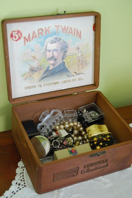Vintage Cigar Box for Jewelry  | The Borrowed Abode