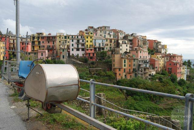 Corniglia Vineyard Cart   The Borrowed Abode
