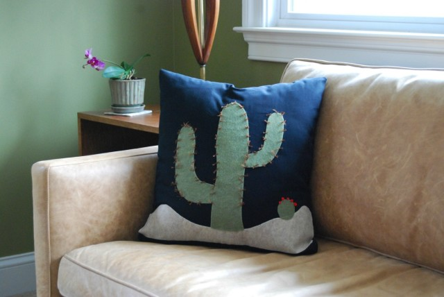 No Sew Cactus Pillow DIY cactus pillow sofa-ForRent.com