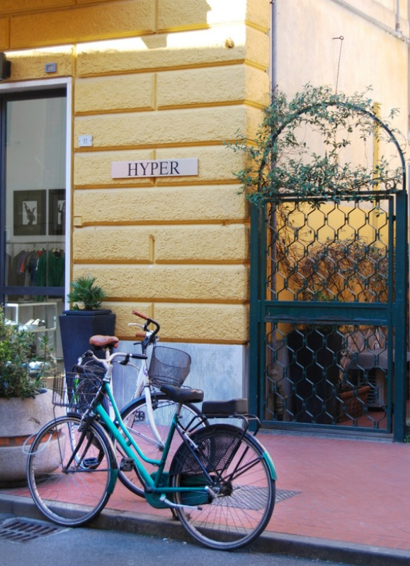 2016 Italy Levanto Hyper Boutique Bicycle