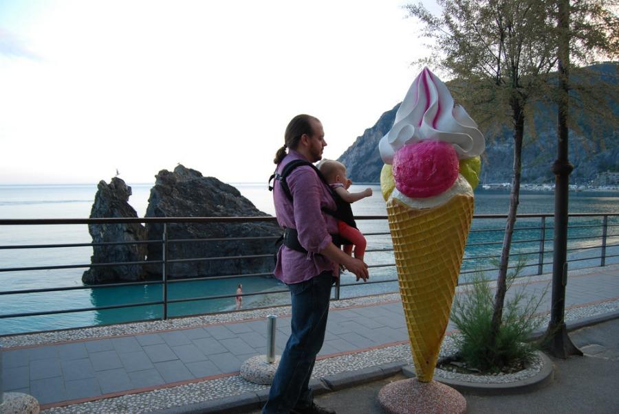 2016 Italy Monterosso Cinque Terre Giant Ice Cream