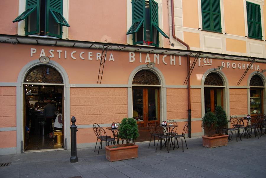 2016 Italy Levanto Pasticceria Bianchi