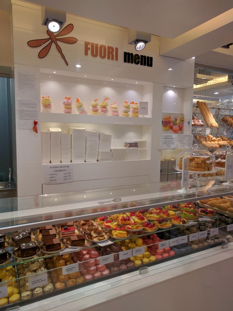 2016 Italy Venice Fuori Menu Pastry Macarons