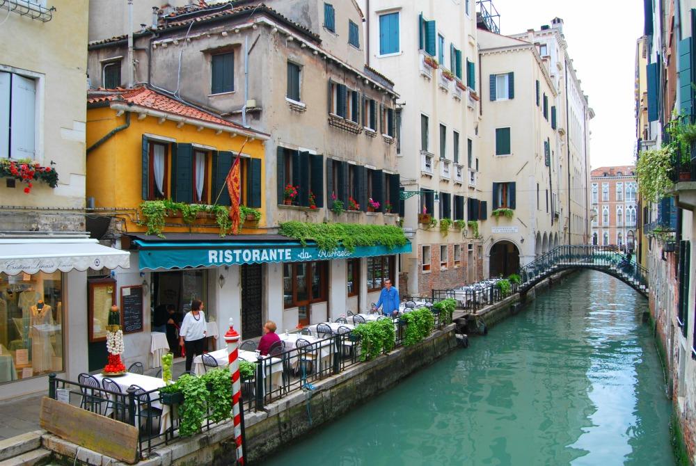 2016 Italy venice Canal Ristorante da Raffaele