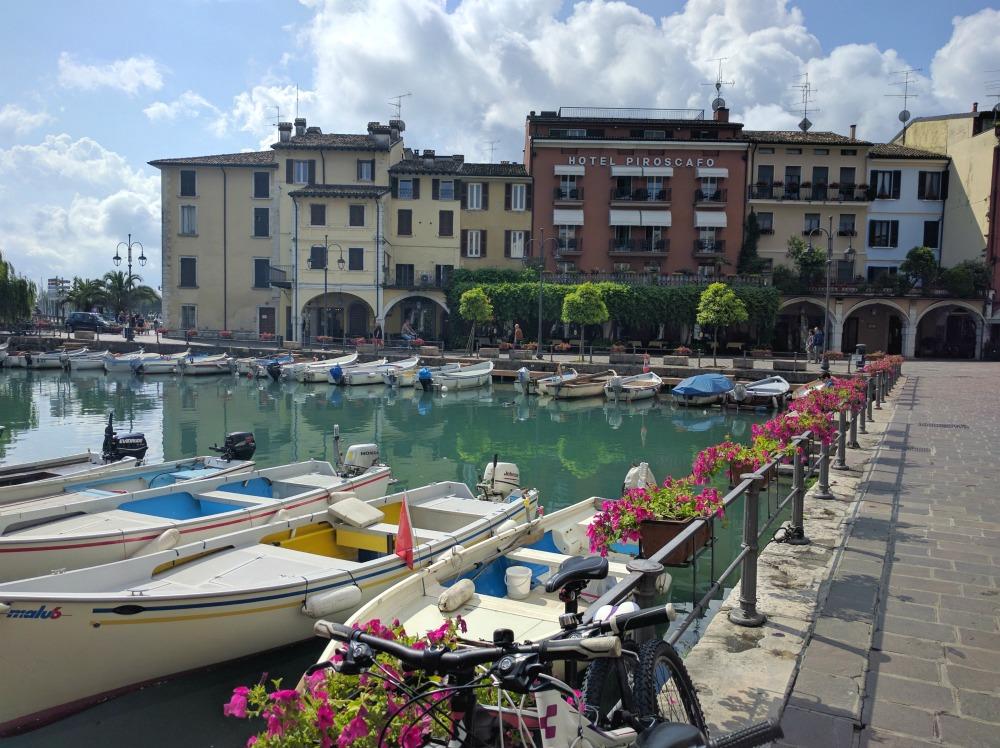 Italy Desanzano Del Garda Marina Town Square
